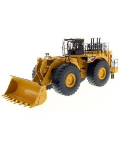 """CAT Caterpillar 994F Wheel Loader with Operator """"Core Classics Series"""" 1/50 Diecast Model by Diecast Masters"""